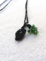 sieraad zwart-groen kraaltjes